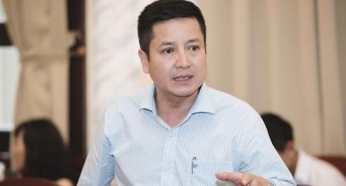 NSUT Chi Trung: 'Nha hat kich kho khan vi chi phat ve moi moi dong' hinh anh