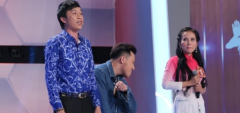 Hoai Linh do hat hoi dai cung co gai ca vong co tai Nguoi bi an hinh anh
