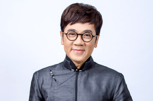 Dao dien Le Hoang: 'Thanh Loc co 7 dieu dang che' hinh anh 1