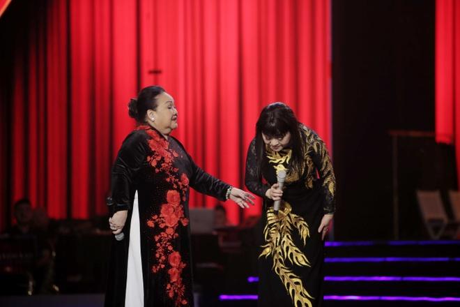 Huong Lan lam nuc long khan gia trong live show ky niem 50 nam ca hat hinh anh 4