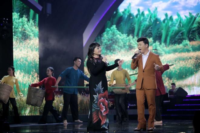 Huong Lan lam nuc long khan gia trong live show ky niem 50 nam ca hat hinh anh 8