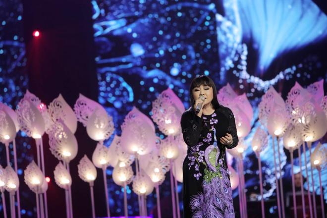 Huong Lan lam nuc long khan gia trong live show ky niem 50 nam ca hat hinh anh 6