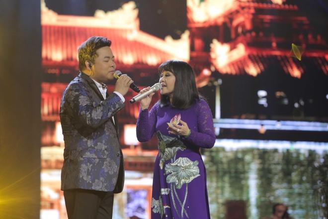 Huong Lan lam nuc long khan gia trong live show ky niem 50 nam ca hat hinh anh 9