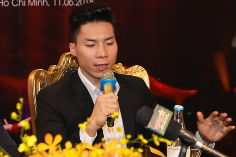 Quoc Nghiep: 'Toi bi chan thuong co va tay, khong the bieu dien' hinh anh