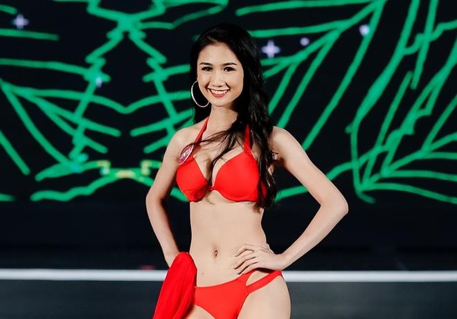 Thi sinh Hoa hau Viet Nam trinh dien bikini nong bong hinh anh