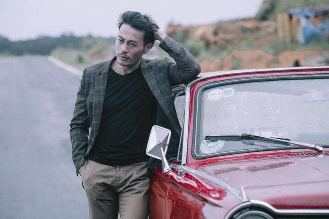 MV 'Dai lo tan vo' cua Uyen Linh bi nhan xet sao chep phim dien anh hinh anh 2