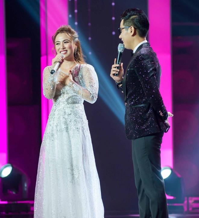 Hari Won nhan xet MC Nguyen Khang lau ca giong Tran Thanh hinh anh 1