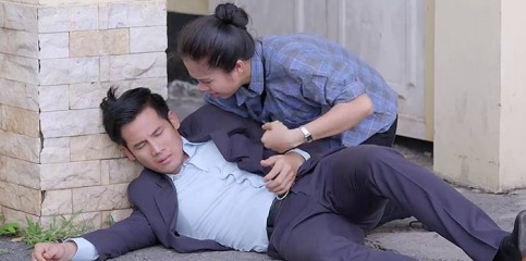 'Gao nep gao te': Thanh Thuc bi Hoang Anh danh ngat vi benh Le Phuong hinh anh