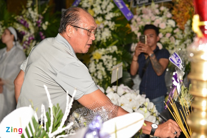 Truong Giang, Dam Vinh Hung den tien dua Thanh Hoang lan cuoi hinh anh 7