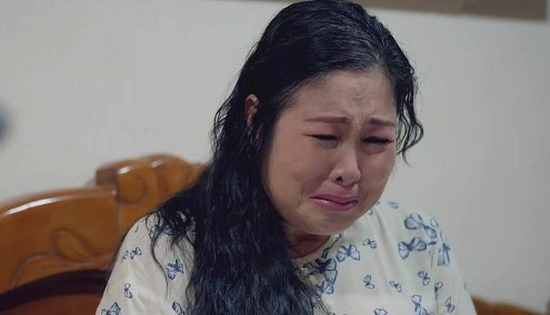 'Gao nep gao te:' Ba Mai cua Hong Van bi chong mang la ke thuc dung hinh anh