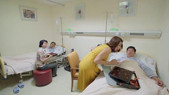'Gao nep gao te': Thuy Ngan mang me ruot, do com len nguoi cha chong hinh anh 1