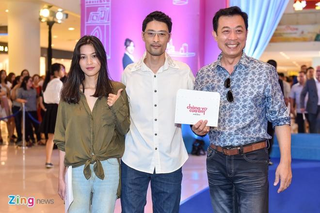 Johnny Tri Nguyen du ra mat phim Chang vo cua em anh 6