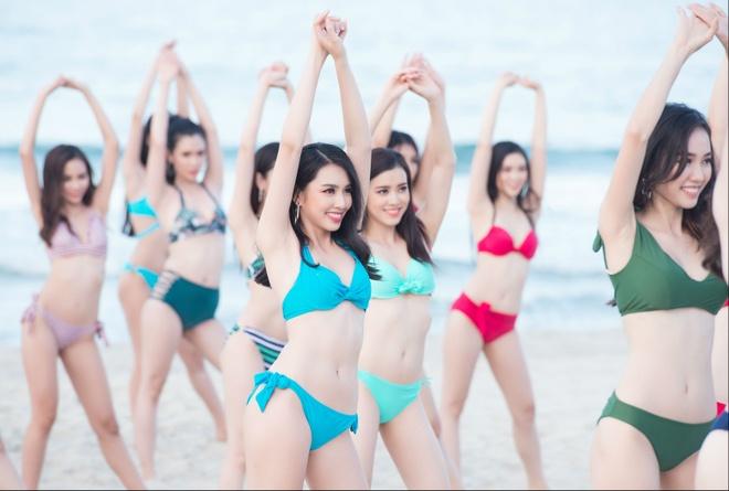 Thi sinh hoa hau Viet Nam 2018 mac bikini nong bong quay MV ca nhac hinh anh