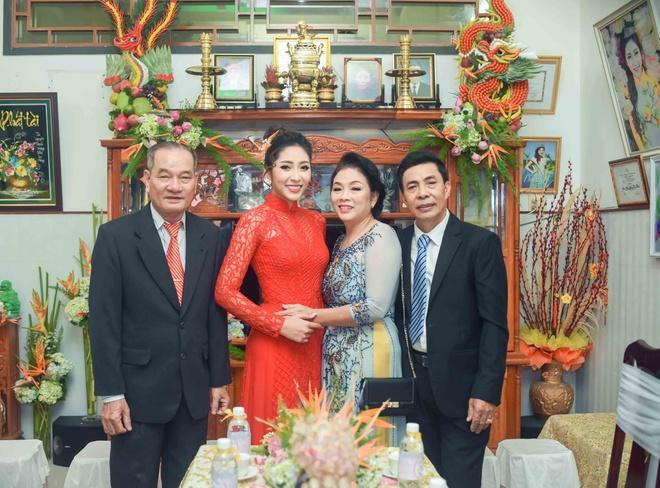 Hoang Map, MC Anh Quan du le dinh hon cua HH Dai duong Dang Thu Thao hinh anh 2