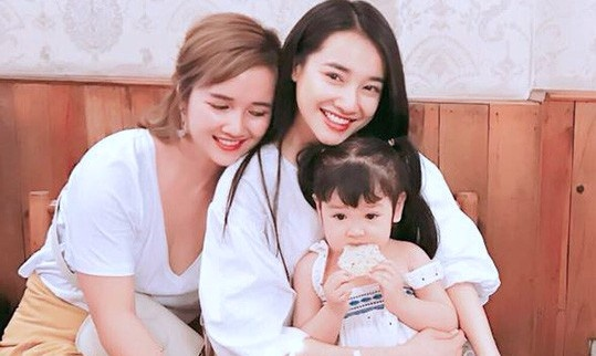Chi gai Nha Phuong: 'Em se la co dau dep nhat cua gia dinh' hinh anh