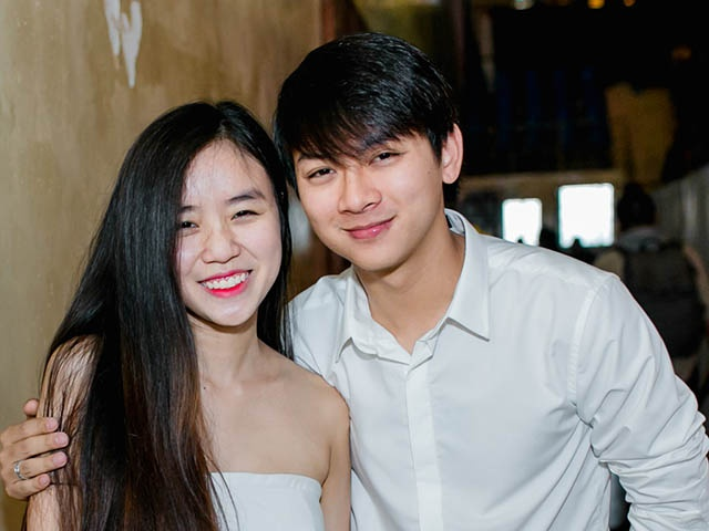 Hoai Lam huy show dung ca hat 2 nam anh 2