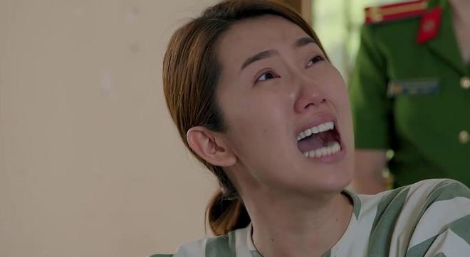'Gao nep gao te': Han khoc loc, doi me ban nha gap de cuu minh hinh anh