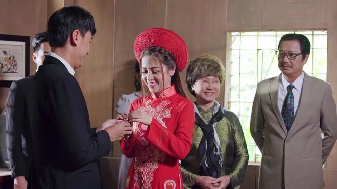 'Gao nep gao te': Che con re ngheo, ba Linh pha dam cuoi cua Trinh hinh anh 1