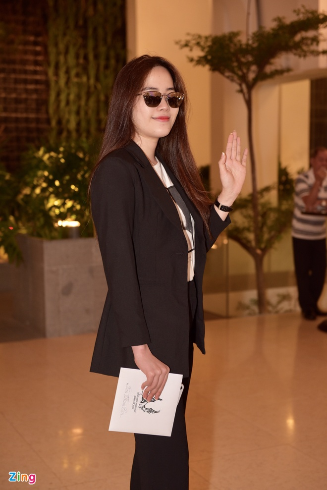 Thu Thuy, Pham Quynh Anh xung xinh du dam cuoi Ung Hoang Phuc hinh anh 3