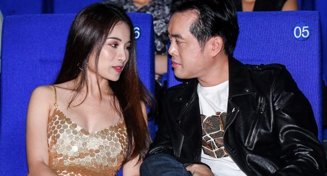Duong Khac Linh va ban gai hot girl tinh cam den chuc mung Trong Hieu hinh anh