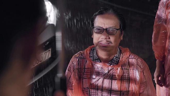 'Gao nep gao te' tap 92: Cha quy goi duoi mua, xin chu no tha cho Han hinh anh 2