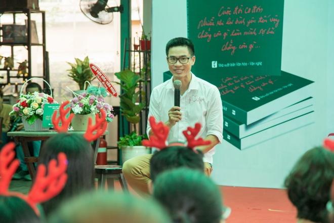 Nguyen Phong Viet ra mat tap tho 'Chi can tin minh la duy nhat' hinh anh 1