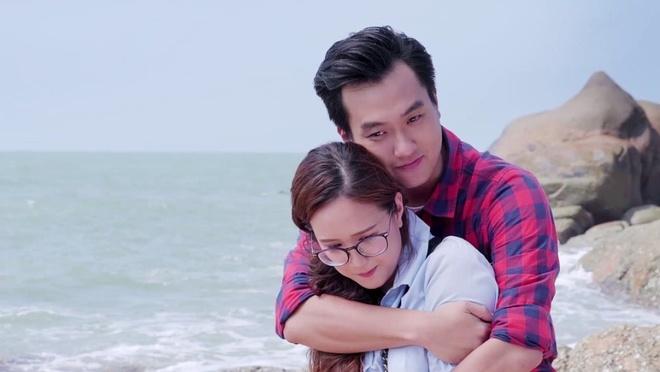 Phim 'Gao nep gao te': Dai le the, gay nham chan va vo ly hinh anh 4