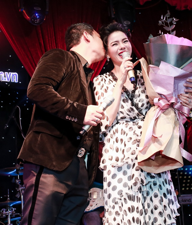 Dam Vinh Hung: 'Le Quyen da bi giem pha, mia mai khi hat Bolero' hinh anh 8