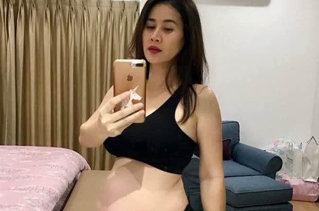 Than Thuy Ha mang thai lan hai o tuoi 40 sau 8 nam lam me don than hinh anh