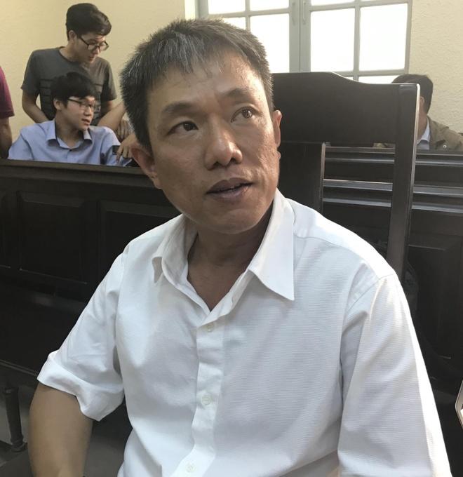 Hoa si Le Linh: Vu kien 'Than dong dat Viet' khien gia dinh dao lon hinh anh 2