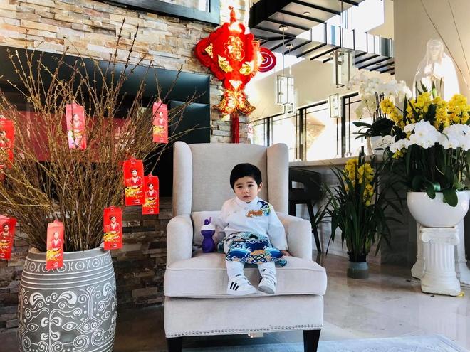 Con trai 2 tuoi cua Dan Truong - rich kid sinh ra trong boc dieu hinh anh 4