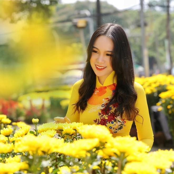Con gai 16 tuoi cua Trinh Kim Chi cao 1,72 m, xinh xan va hoc gioi hinh anh 5