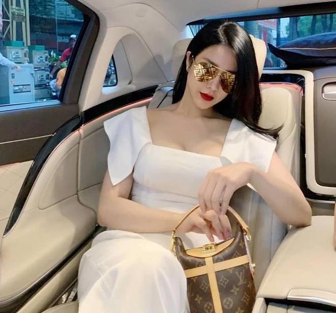 Diep Lam Anh mang bau chi sau 5 thang sinh con gai dau long hinh anh 2