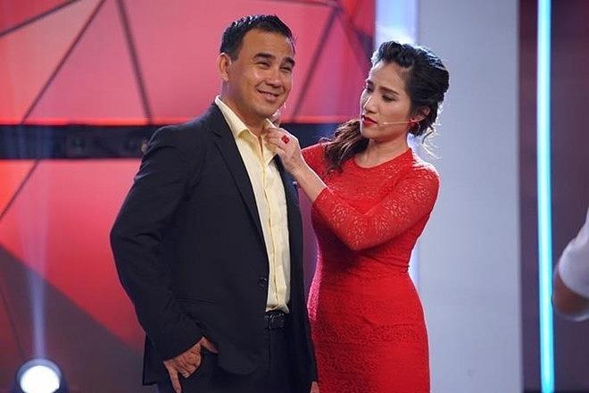 Quyen Linh len tieng khi Nam Thu bi che anh 1