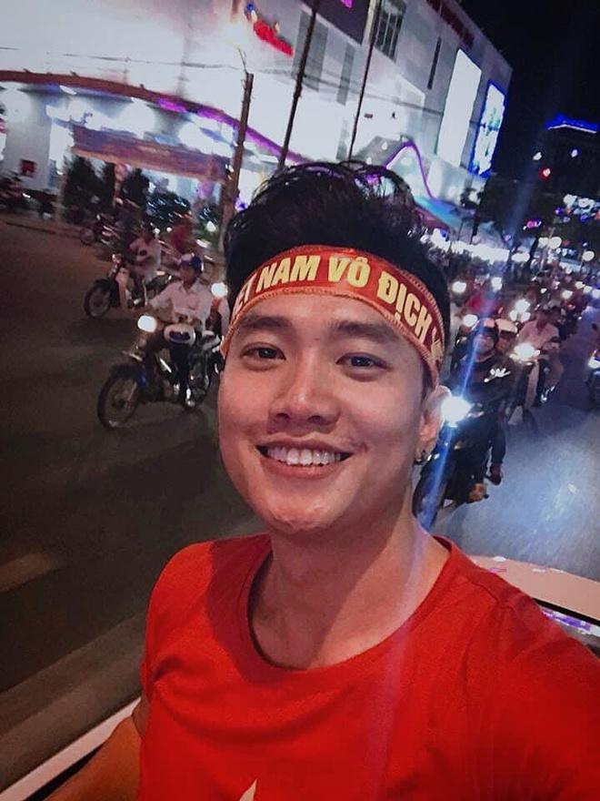 Sao Việt mừng đội tuyển Việt Nam thắng, bức xúc vì Thái Lan đá thô bạo