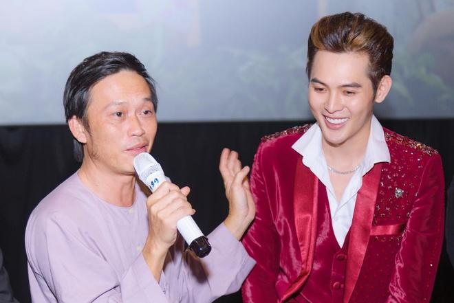 Hoài Linh: 'Tôi giúp đỡ đàn em vì tình nghệ sĩ, không lăng xê ai'