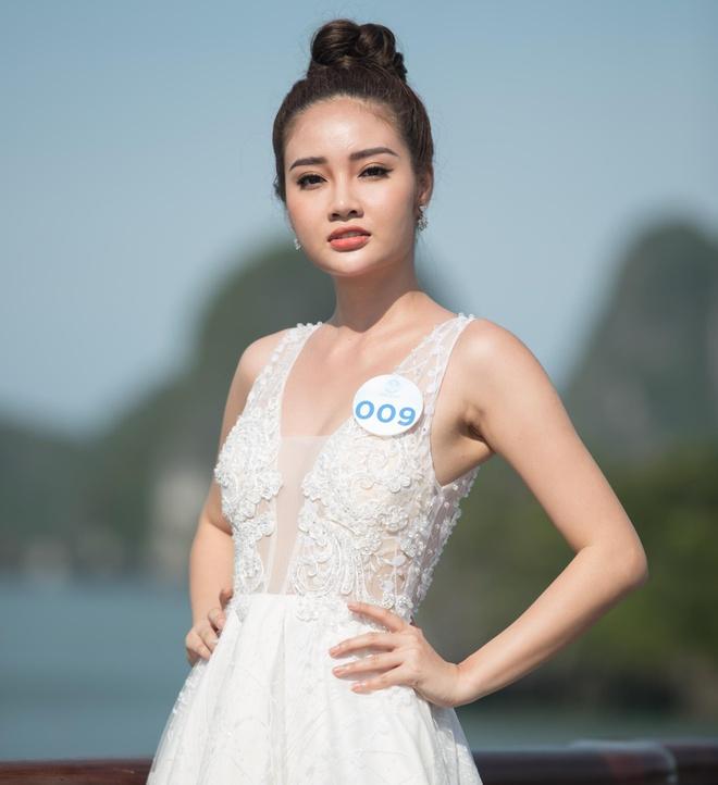 Nguoi dep Hoa hau The gioi Viet Nam 2019 tao dang tren du thuyen 5 sao hinh anh 8