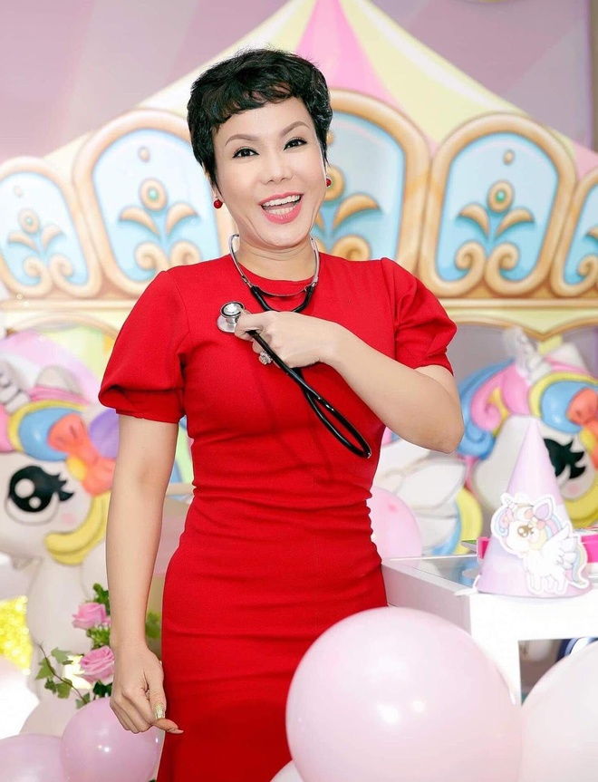 Viet Huong, Hien Mai du sinh nhat con gai Thanh Thao o Viet Nam hinh anh 6