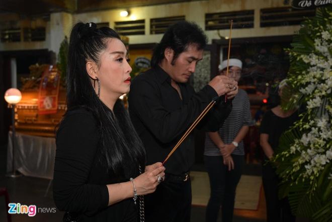 Chi Tai, Kieu Oanh va nhieu nghe si den vieng bien dao Huu Tri hinh anh 4