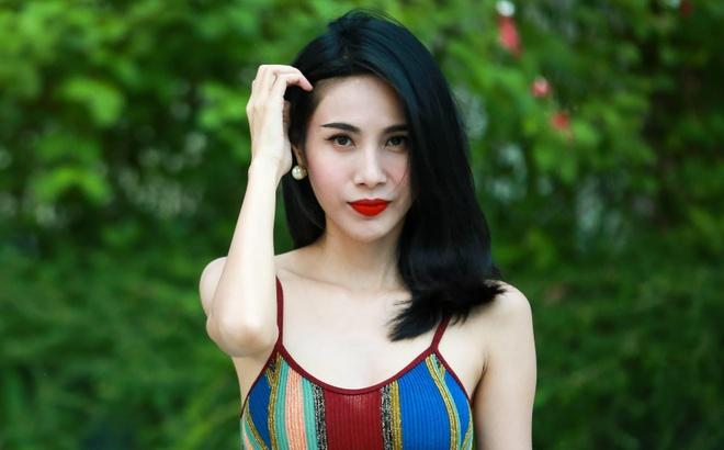 Thuy Tien: 'Toi khong di dien bar, mac ho bao vi hanh phuc gia dinh' hinh anh