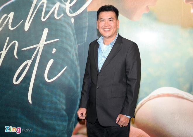 Hong Dao vui ve hoi ngo dong nghiep sau khi ly hon Quang Minh hinh anh 11