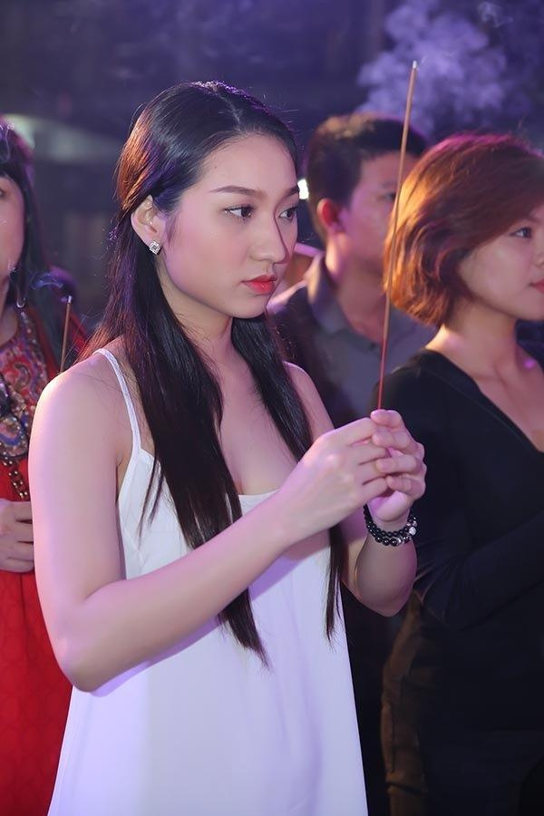 Mai Phuong Thuy va sao Viet bi che mac phan cam khi cung To nghe hinh anh 6