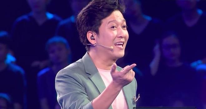 Ưng Hoàng Phúc nằm lăn ra sàn khi chiến thắng 150 triệu ở game show