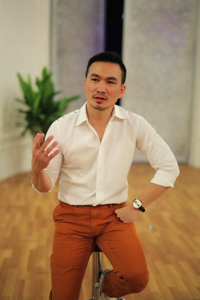 Cuoc song kin tieng cua Chi Bao va nghi van co ban gai moi hinh anh 8
