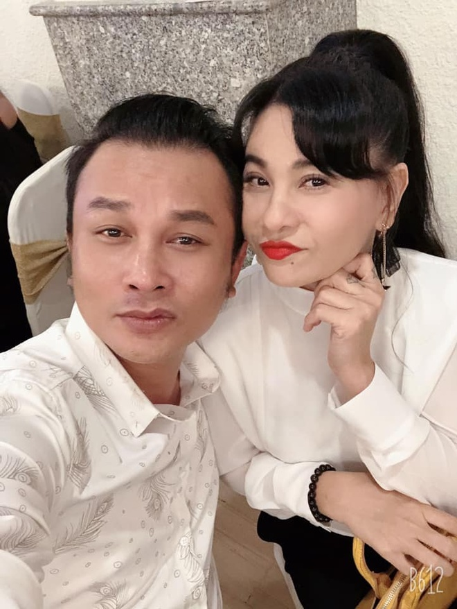 Cat Phuong, Tien Luat du tiec cuoi con nghe si hai Trung Dan hinh anh 2