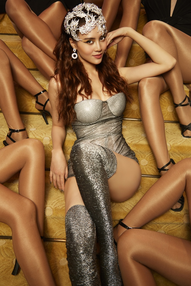 Ninh Duong Lan Ngoc sexy trong MV dau tay hinh anh 9
