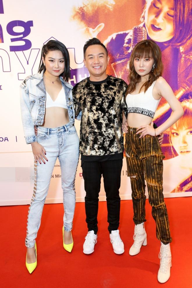 MC Ky Duyen mac goi cam den chuc mung Thanh Ha hinh anh 6