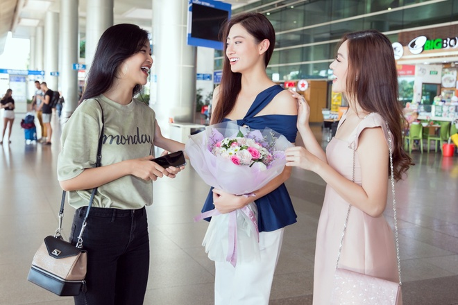 Luong Thuy Linh ve nuoc sau Miss World anh 3
