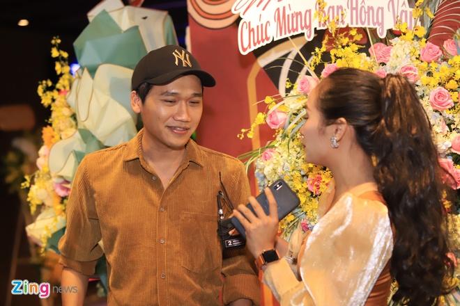 NSUT Huu Chau, Le Giang mung NSND Hong Van mo san khau moi hinh anh 9 a473f4d7903d6963302c_zing.jpg