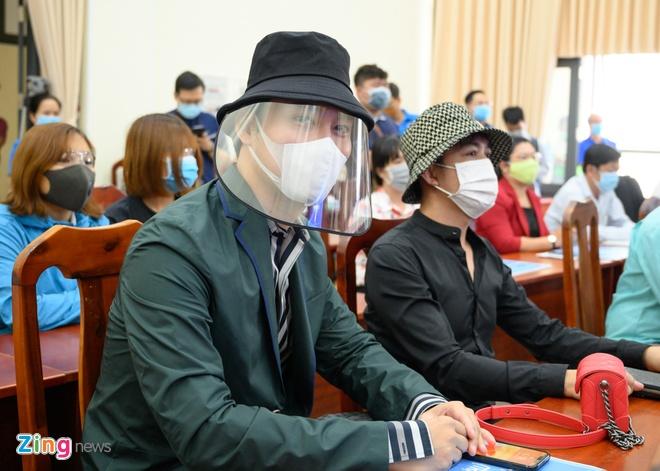 Trinh Kim Chi va nhieu nghe si gop tien chong dich hinh anh 3 NGUYEN_BA_NGOC_ZING_5098.jpg